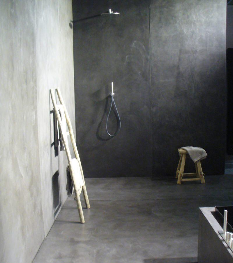 betonlook stucdeco badkmer